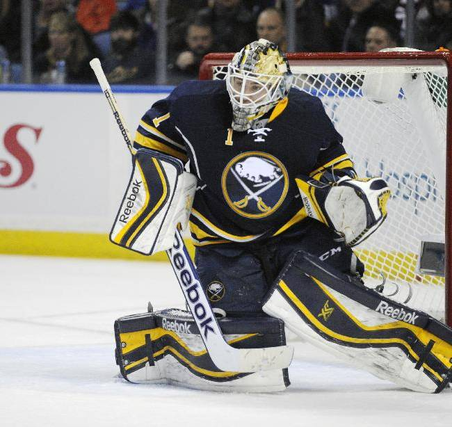 Hendricks lifts Oilers to 3-2 win over Sabres