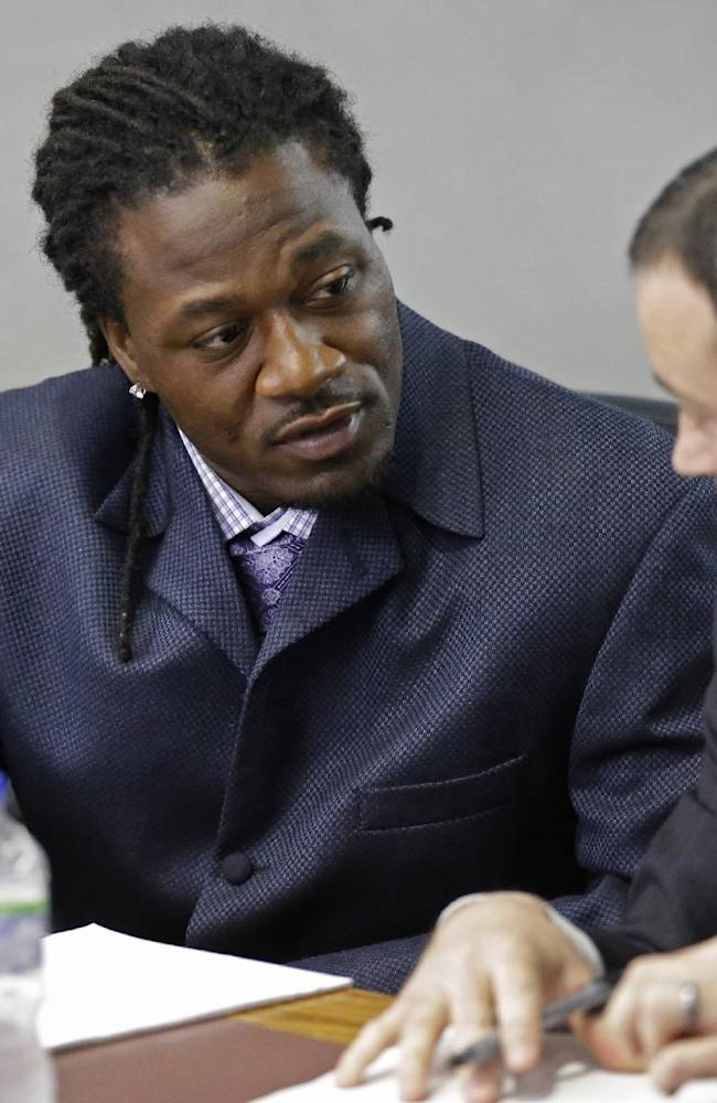 Witnesses say Bengals player Jones punched woman