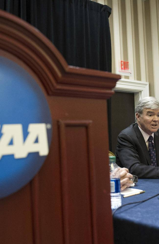 Big 5 pass cost of attendance as NCAA autonomy begins