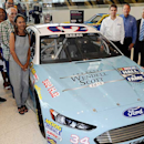 Ragan to represent Hall of Famer with '380 horsepower' hood