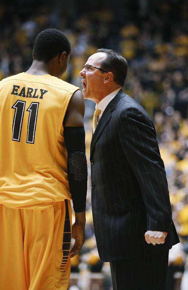 Wichita State coach Gregg Marshall yells at Cleanthony Early during the second half against Southern Illinois in an NCAA college basketball game Tuesday, Feb. 11, 2014, in Wichita, Kan