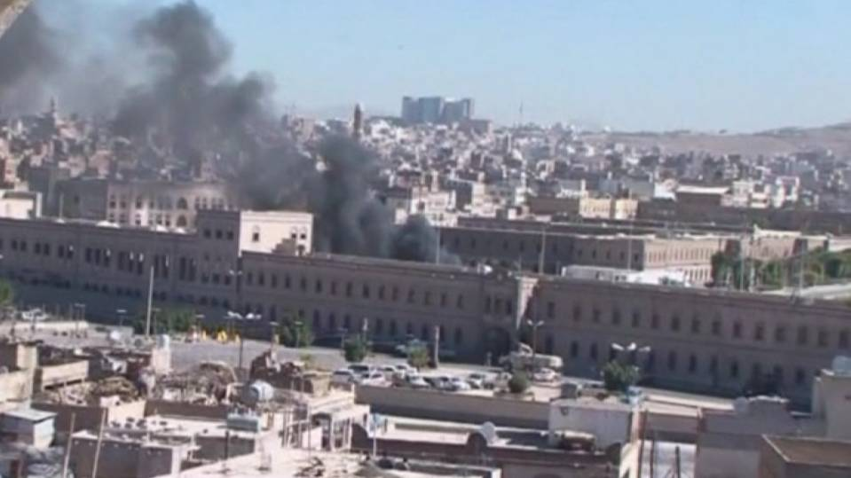 Car bomb and shooting in Yemen kill 20