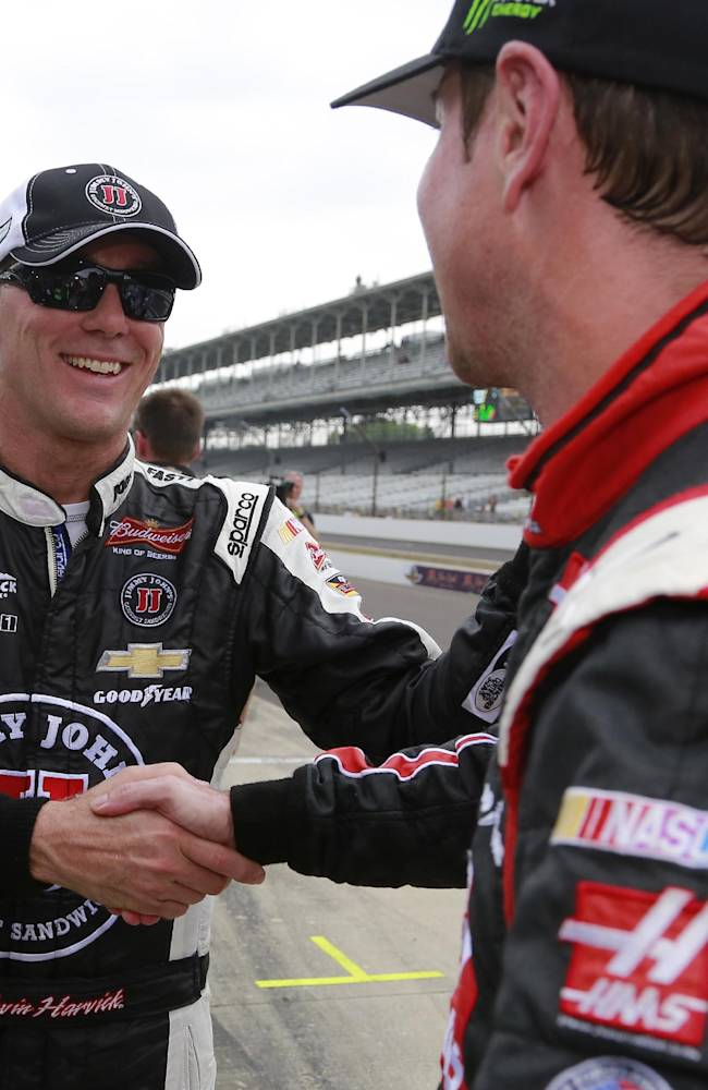 Harvick grabs yet another pole with big run at IMS