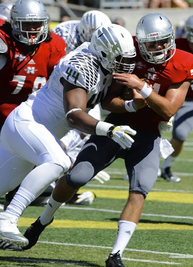 No. 3 Oregon handles Nicholls 66-3 in opener