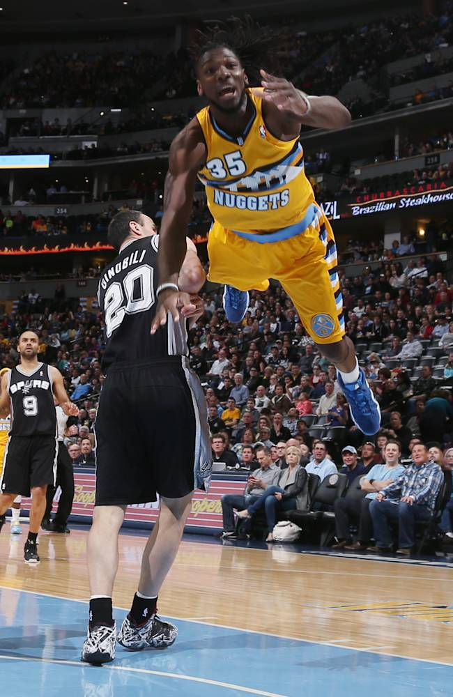 Spurs win 16th straight, beat Nuggets 133-102
