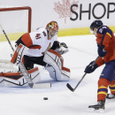 Anderson, MacArthur lead Sens over Panthers 1-0 The Associated Press