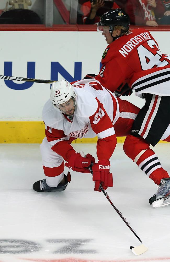 Detroit Red Wings v Chicago Blackhawks