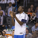 Durant struggling to deal with injury The Associated Press