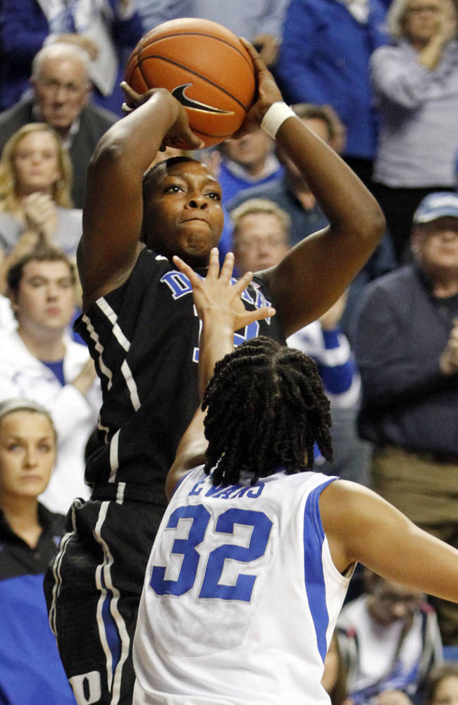 No. 2 Duke beats No. 5 Kentucky, 69-61