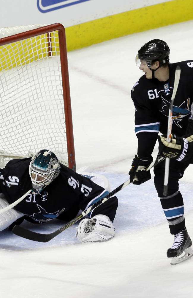 Sharks rally past Penguins 5-3