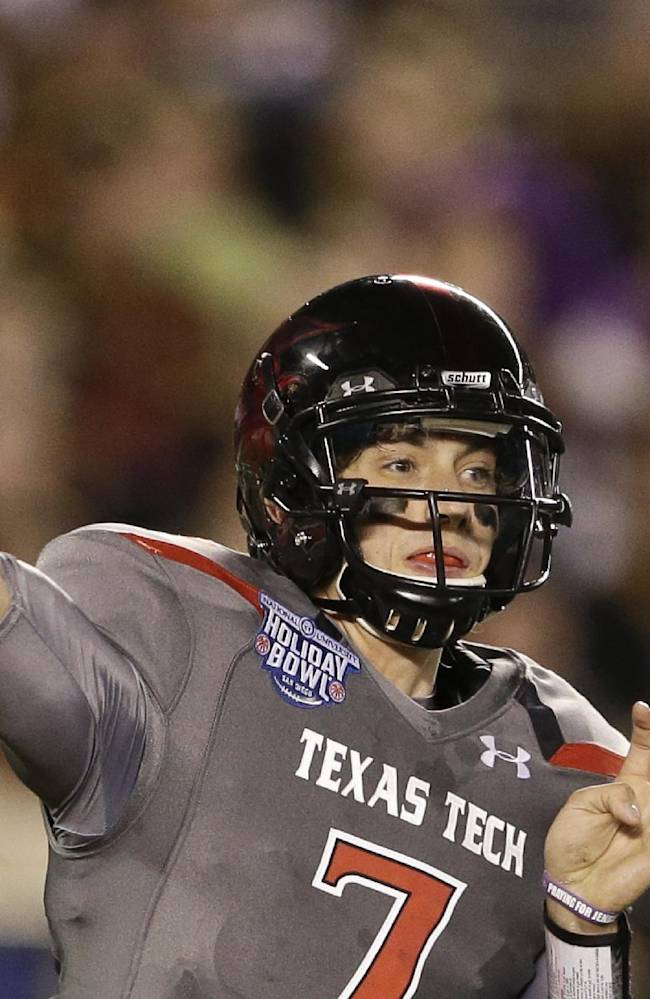 Webb's 4 TD passes tie Holiday Bowl record