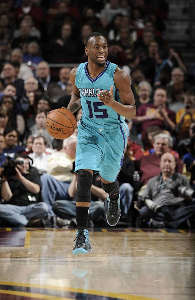 Hornets: Kemba Walker to miss 6 weeks after knee surgery