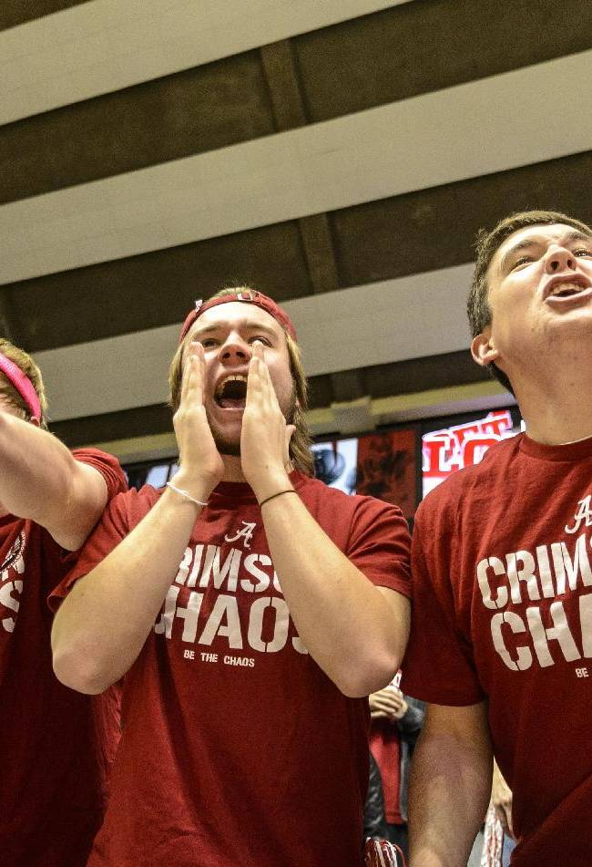 Alabama fans yell at Mississippi guard Marshall Henderson during an NCAA college basketball game Tuesday, Feb. 11, 2014, at Coleman Coliseum in Tuscaloosa, Ala