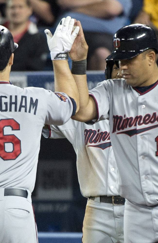 Twins beat Blue Jays 7-2, Hughes gets win