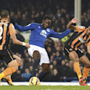 Everton's Romelu Lukaku, centre, battles for the ball with Hull City's Liam Rosenior, left, and Ahmed Elmohamady during their English Premier League match at Goodison Park, Liverpool England Wednesday Dec. 3, 2014