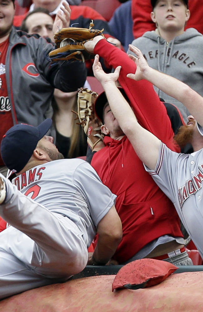 Cardinals beat Reds 7-6 to take 2 of 3 in series