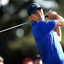 Apr 8, 2016; Augusta, GA, USA; Jordan Spieth hits his tee shot on the 18th hole during the second round of the 2016 The Masters golf tournament at Augusta National Golf Club. Mandatory Credit: Michael Madrid-USA TODAY Sports