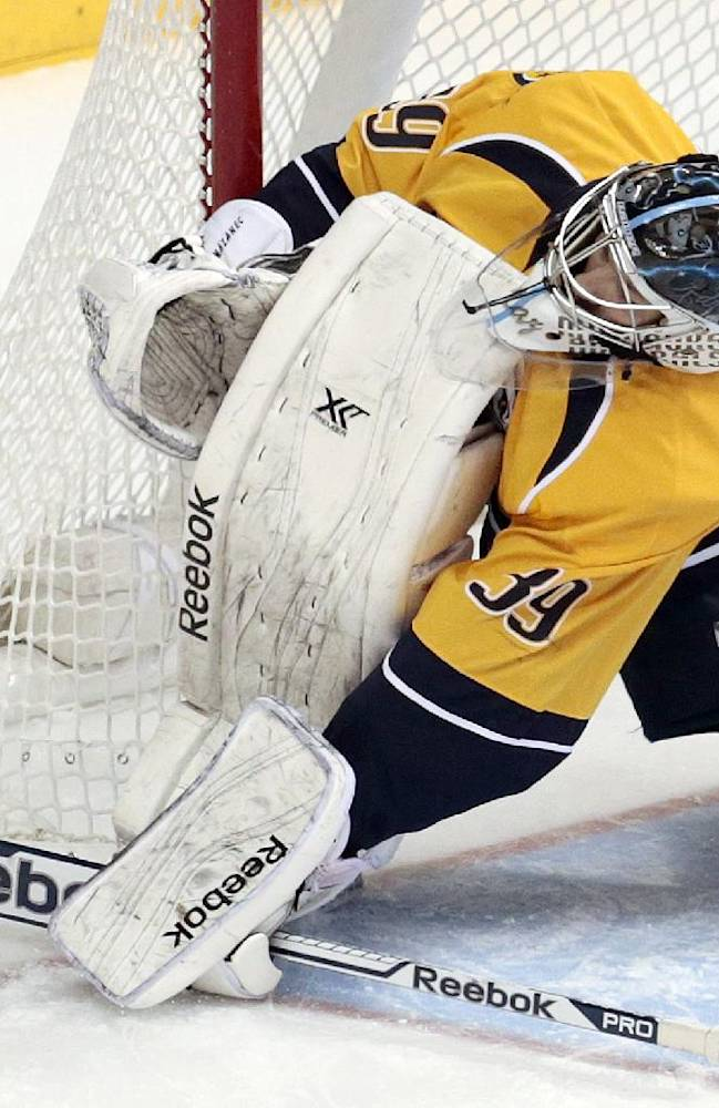 Bryzgalov shuts out Predators as Oilers win 3-0