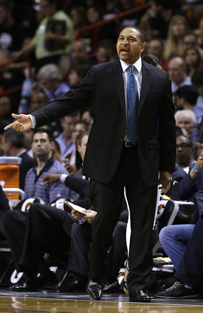 Golden State Warriors coach Mark Jackson gestures during the first half of an NBA basketball game against the Miami Heat, Thursday, Jan. 2, 2014, in Miami