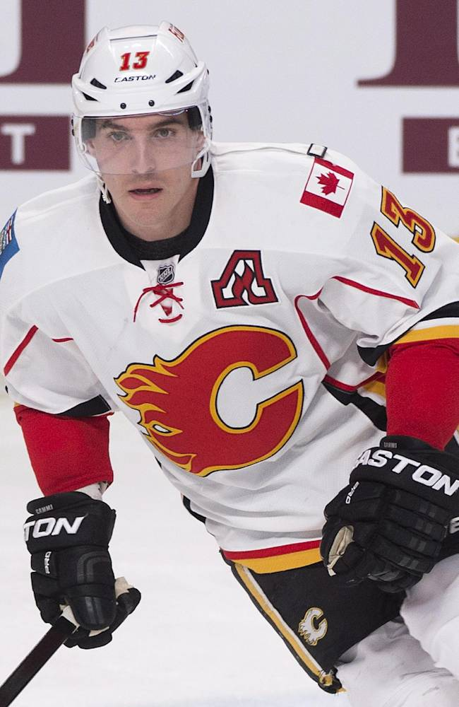 Calgary Flames' Michael Cammalleri warms up prior to the Flames' NHL hockey game against the Montreal Canadiens on Tuesday, Feb. 4, 2014, in Montreal