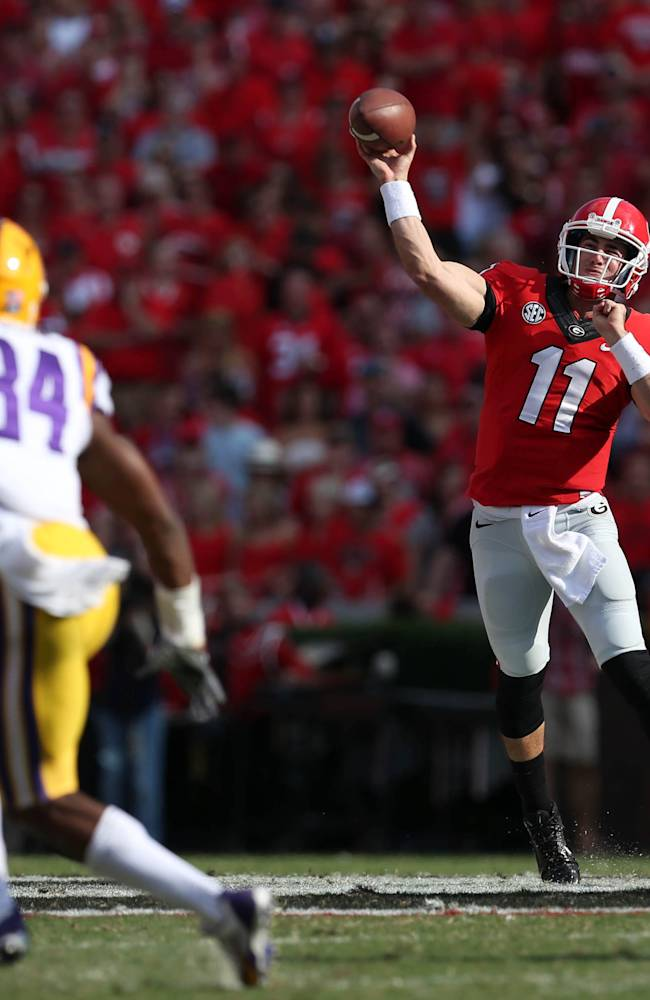 QB Murray keeps No. 6 Georgia's offense moving
