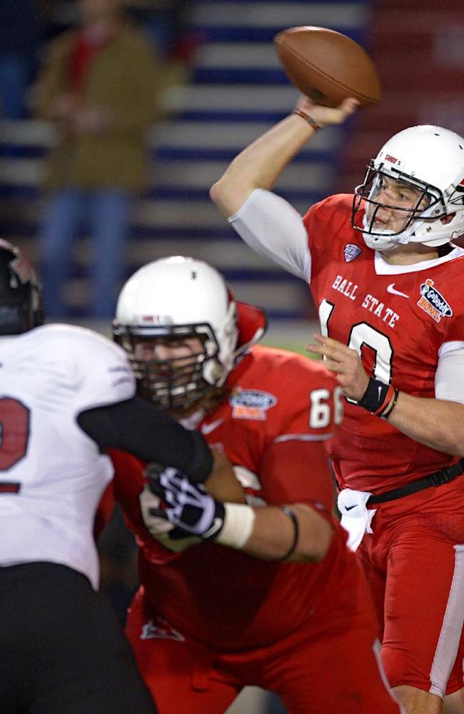 Arkansas State tops Ball State 23-20 in GoDaddy
