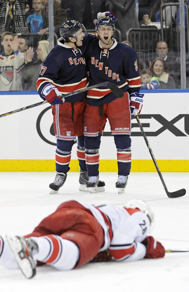 Stepan scores 3, Hagelin nets 2 in Rangers' win