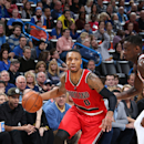 OKLAHOMA CITY, OK- DECEMBER 23: Damian Lillard #0 of the Portland Trail Blazers drives against the Oklahoma City Thunder on December 23, 2014 at Chesapeake Energy Arena in Oklahoma City, OK. (Photo by Layne Murdoch/NBAE via Getty Images)