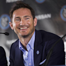 Lampard among British athletes honored by Queen Elizabeth II