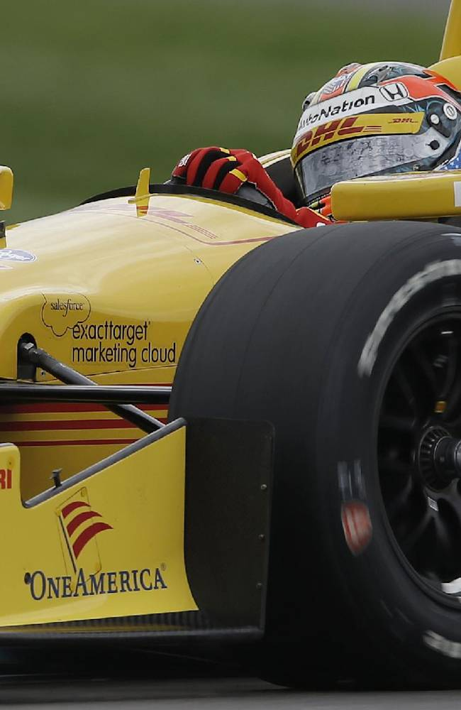 IndyCar teams making quick changes to cars