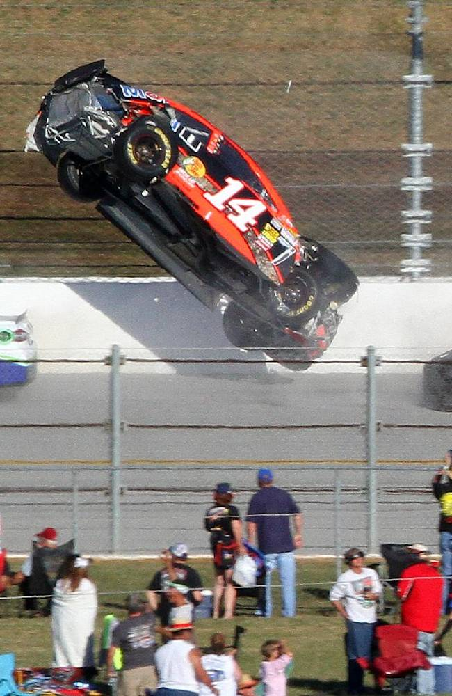Talladega fails to live up to chaotic reputation