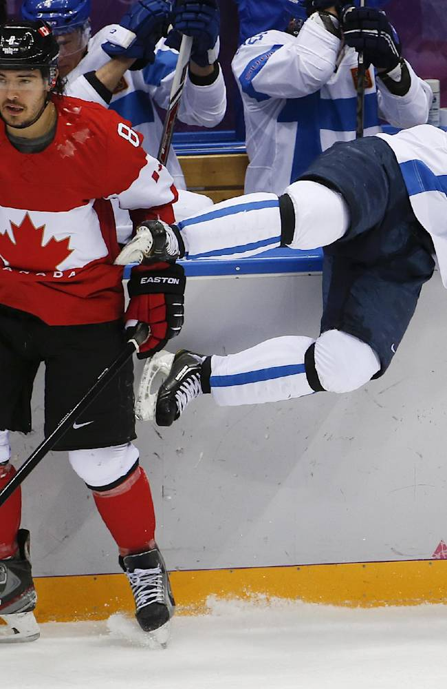 Canada beats Finland 2-1 in OT on Doughty's goal