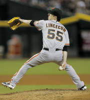 San Francisco Giants pitcher Tim Lincecum delivers against the Arizona Diamondbacks during the first inning of a baseball game on Friday, Aug. 30, 2013, in Glendale, Ariz. (AP Photo/Matt York)