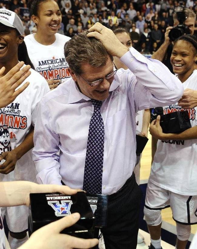 UConn women rout Louisville 72-52 to win AAC title