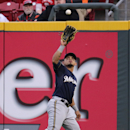 Marquis, Bruce lead Reds over Brewers 9-6 The Associated Press