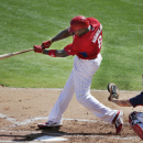 Utley and Howard hanging on with rebuilding Phillies The Associated Press