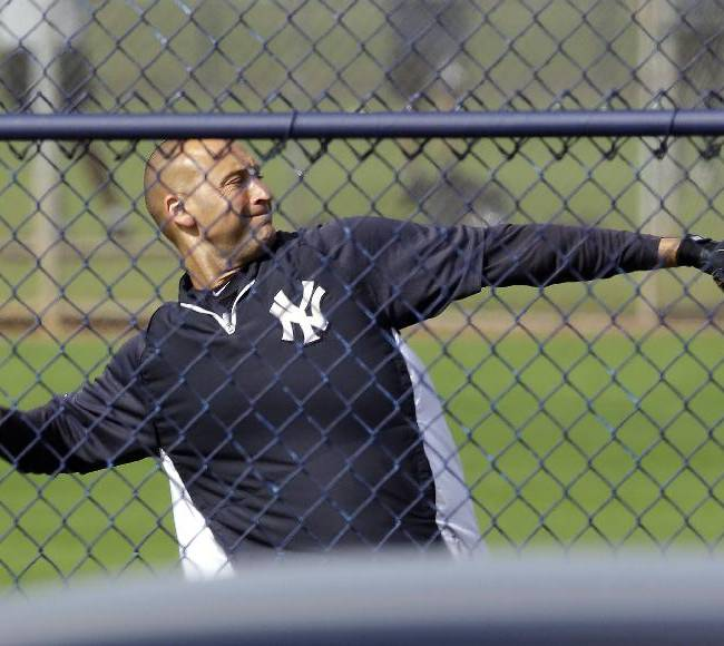 Jeter back at it day after announcing retirement