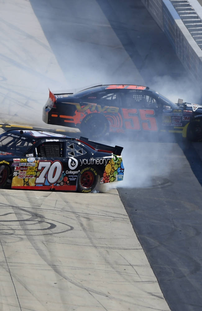 Kyle Busch wins Nationwide Series race at Dover