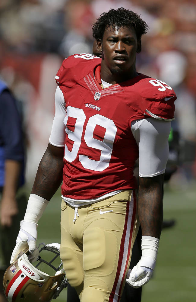 49ers linebacker Aldon Smith turns himself in