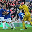 Everton's Leighton Baines, center left, celebrates his goal with his teammates during their English Premier League soccer match against Sunderland at the Stadium of Light, Sunderland, England, Sunday, Nov. 9, 2014