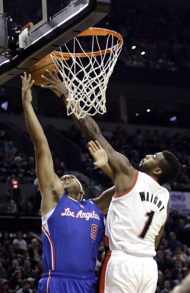 Blazers defeat Clippers 110-102