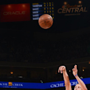 Curry breaks 3-point record, Warriors beat Blazers 116-105 The Associated Press