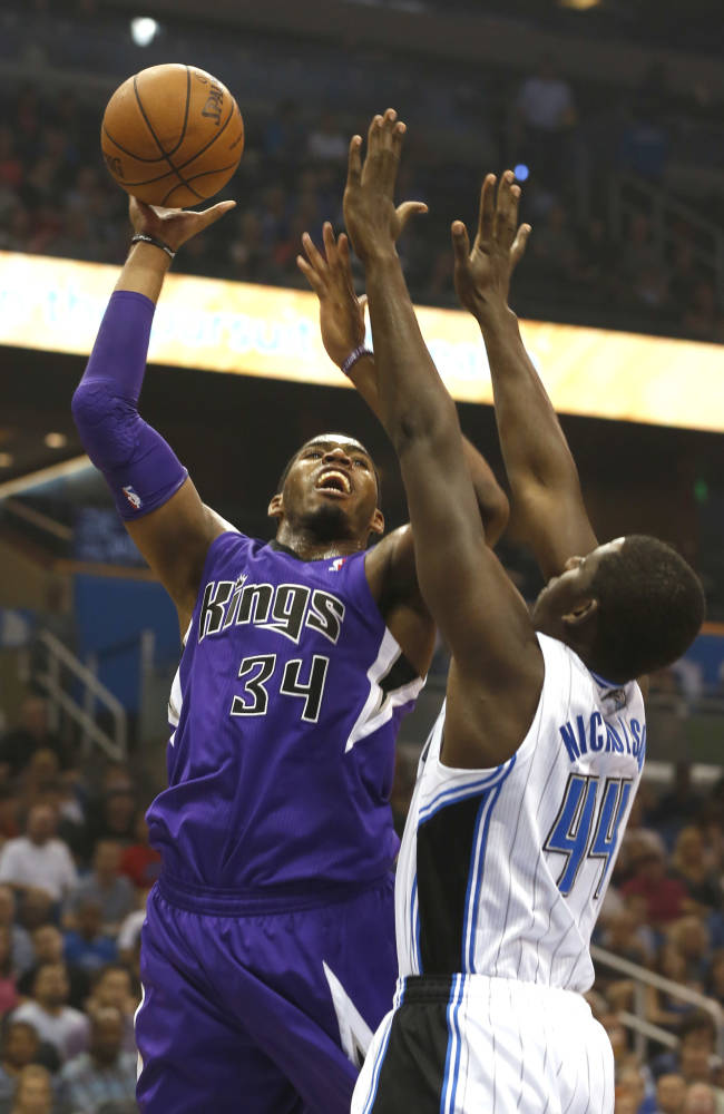 Kings hit 12 3-pointers, hold off Magic 105-100