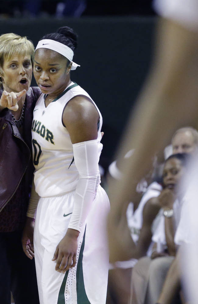 5 things to know about the women's hoops poll