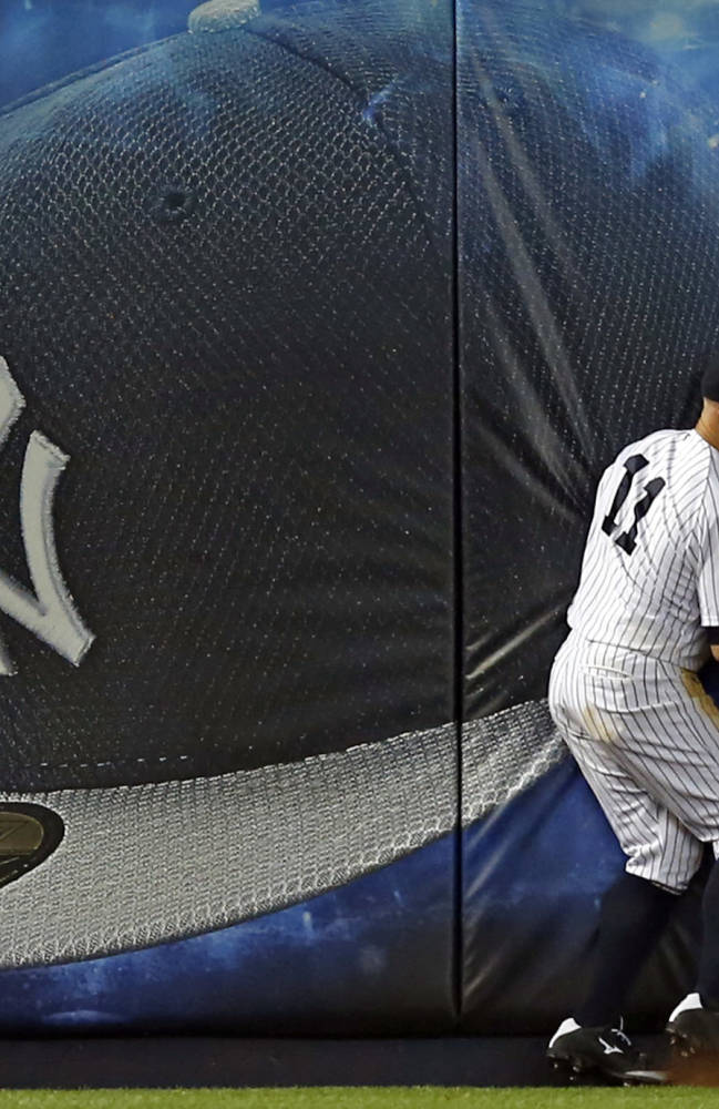 McCann gets 4 hits, Yanks top Red Sox to end skid