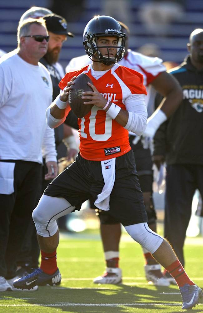 QBs Carr, Boyd help lead Senior Bowl teams