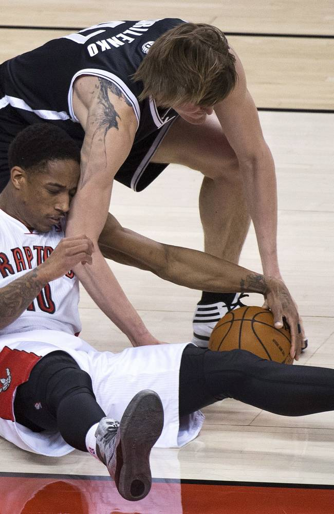 DeRozan scores 30 as Raptors beat Nets 100-95