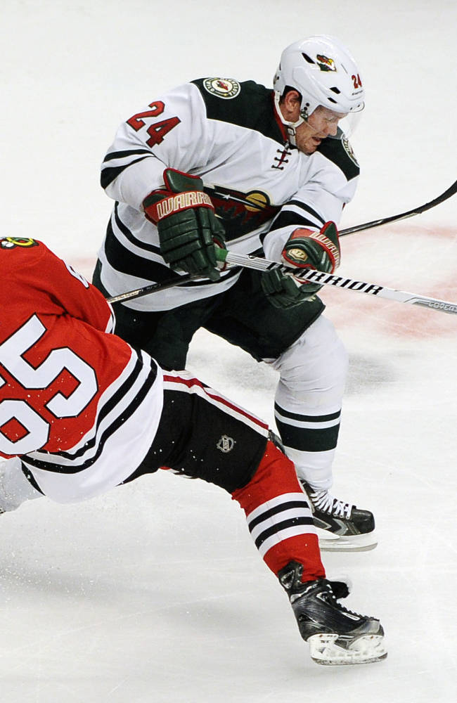 Blackhawks stop 3-game slide with win over Wild