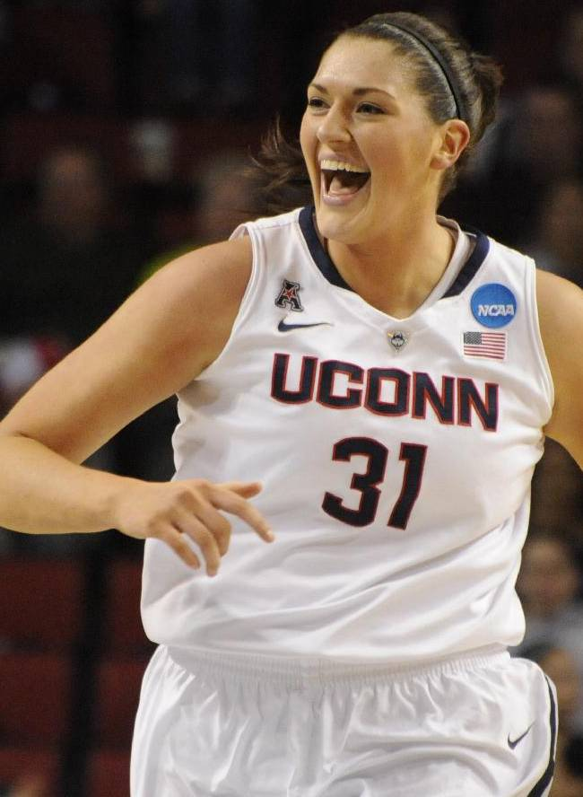 Auriemma: UConn's run to Final 4 is 'really hard'