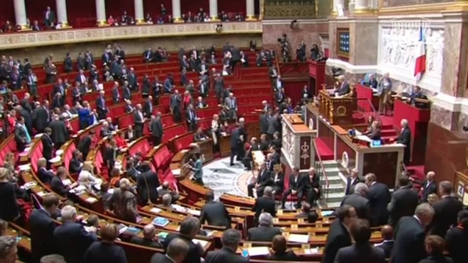 French lower house backs new prostitution law